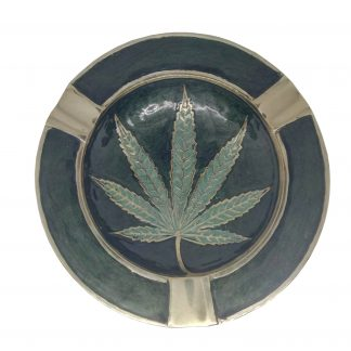 Пепельница «Лист конопли»