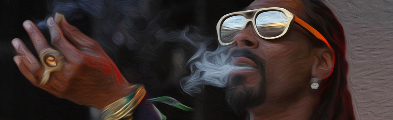 Рэпер Snoop Dogg держит в штате оплачиваемого крутильщика блантов.